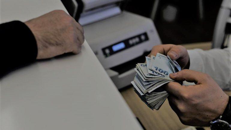 Gelir Belgesiz Kredi Veren Bankalar, Hangi Banka Gelir Belgesiz Kredi Verir