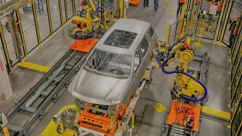 Otomotiv Sektörü Üretime Başladı